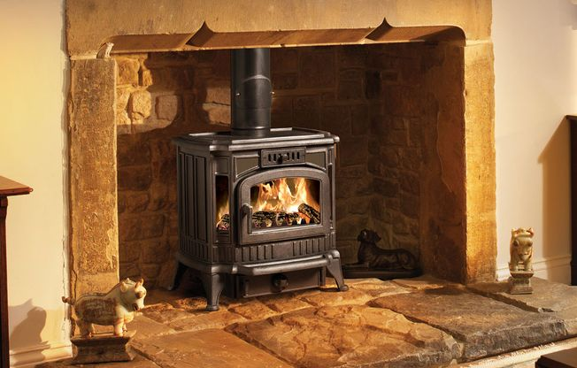 BROSELEY 'WINCHESTER' MULTIFUEL STOVE - 8KW